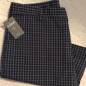 Izod Shorts - Izod Plaid Golf Short, NWT, sz. 38, $17 🏌️